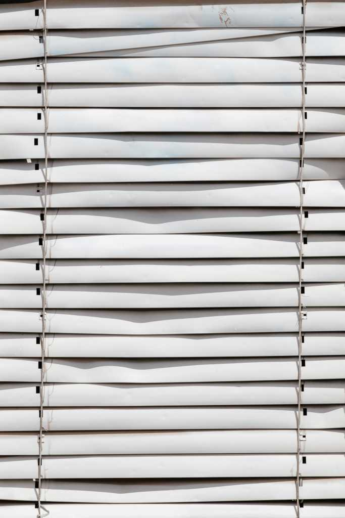 Common Problems With Venetian Blinds And How To Fix Them