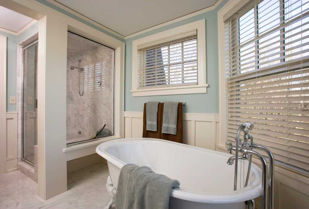 PVC blinds fitted to a bathroom